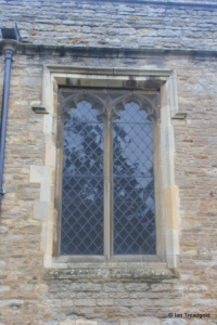 Goldington - St Mary the Virgin. Chancel window.