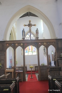 Harrold - St Peter. Rood screen.