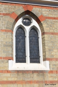 Heath & Reach - St Leonard. Apse window.