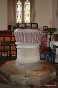 Flitwick - St Peter & St Paul. Font.
