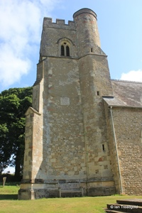 Kensworth, St Mary. Tower from the south.