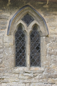 Knotting, St Margaret. South transept, eastern window.