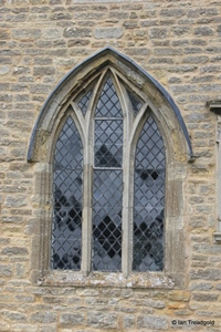 Knotting, St Margaret. South transept, south window.