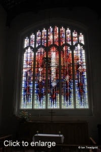 Luton - St Mary. South transept south window internal