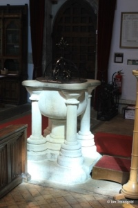 Leighton Buzzard - All Saints. Font.