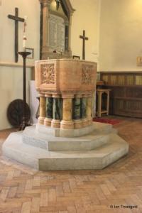 Linslade - St Barnabas. Font.