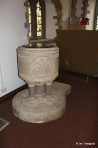 Moggerhanger - St John. Font.