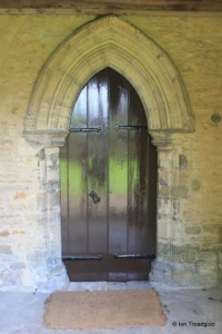Pavenham - St Peter. South porch inner doorway.