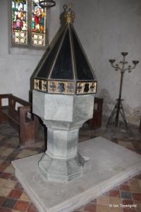 Potsgrove - St Mary. Font.