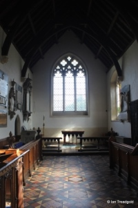 Renhold - All Saints. Chancel.