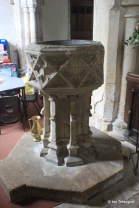 Sharnbrook - St Peter. Font
