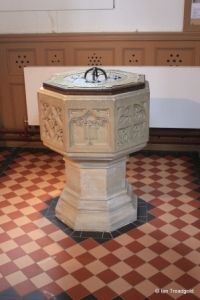 Silsoe - St James. Font.