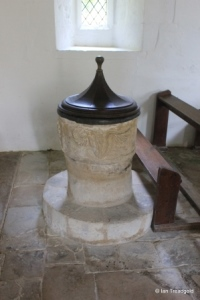 Battlesden - St Peter and All Saints. Font.