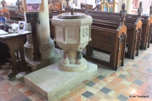 Cranfield - St Peter & St Paul. Font.