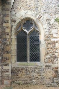 BBarton-le-Clay - St Nicholas. North aisle window.