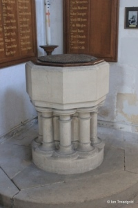 Steppingley - St Lawrence. Font.