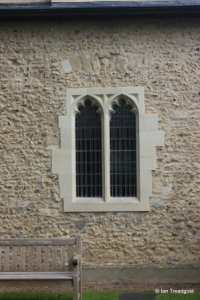 Studham - St Mary. South aisle, south-west window.