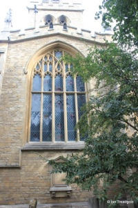 Bedford - St Paul. South transept window.