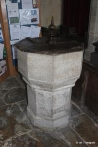 Swineshead - St Nicholas. Font.