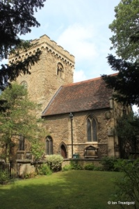 Bedford - St Peter de Merton. Chancel from the south-east.