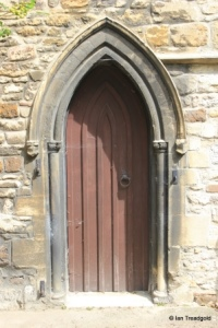 Bedford - St Peter de Merton. Priest's door external.
