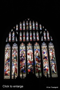 Biggleswade - St Andrew. East window internal.