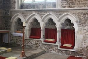 Biggleswade - St Andrew. Piscina and sedila.