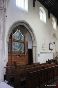 Blunham, St Edmund or St James. Chancel, organ.