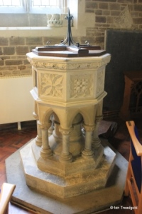 Campton - All Saints. Font.