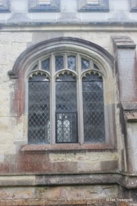 Totternhoe - St Giles. North aisle, centre window.