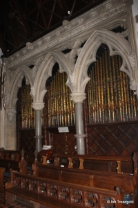 Turvey - All Saints. Chancel, organ chamber.