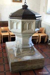 Dunton - St Mary Magdalene. Font.