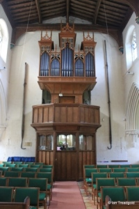 Eaton Bray - St Mary the Virgin. Organ.