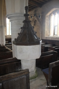 Yelden - St Mary. Font.