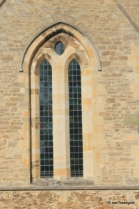 Felmersham - St Mary. South transept, south window.