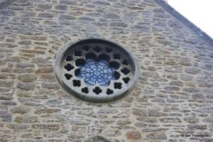 Felmersham - St Mary. North transept round window.