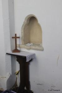 Felmersham - St Mary. South transept piscina.