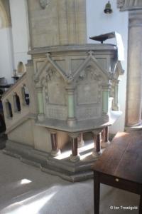 Felmersham - St Mary. Pulpit.